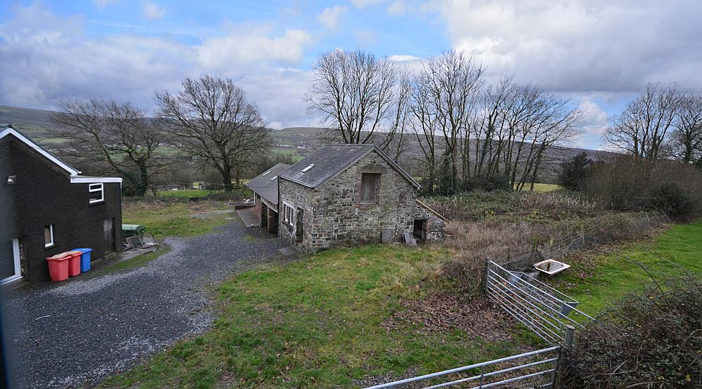 Tycroes CARMARTHENSHIRE